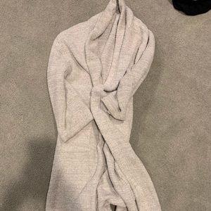 Barefoot dreams grey robe size 3